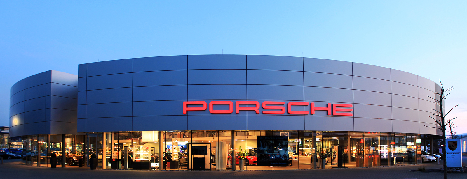 porsche zentrum kassel herzlich willkommen. Black Bedroom Furniture Sets. Home Design Ideas